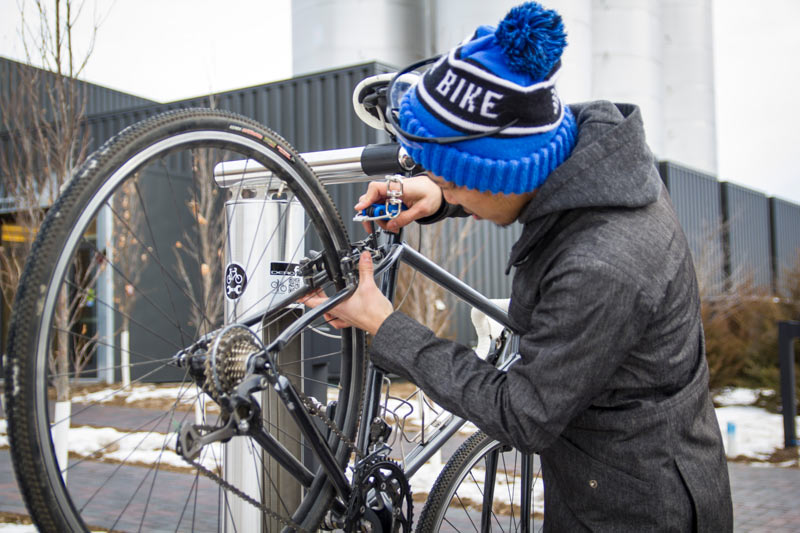 Dero Fixit Public Bike Repair Station